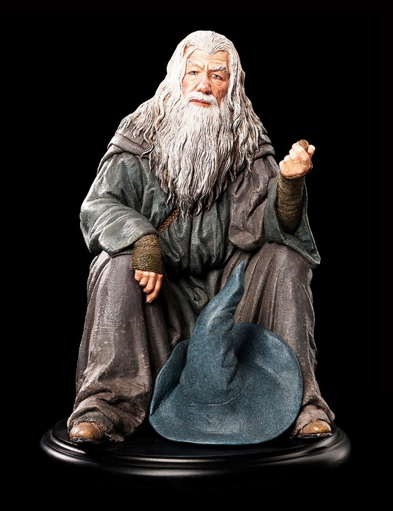 /attachments/006101211079127093236029137020129241093169174218/86-01-01026_LOTR_Gandalf_Figure_002.jpg