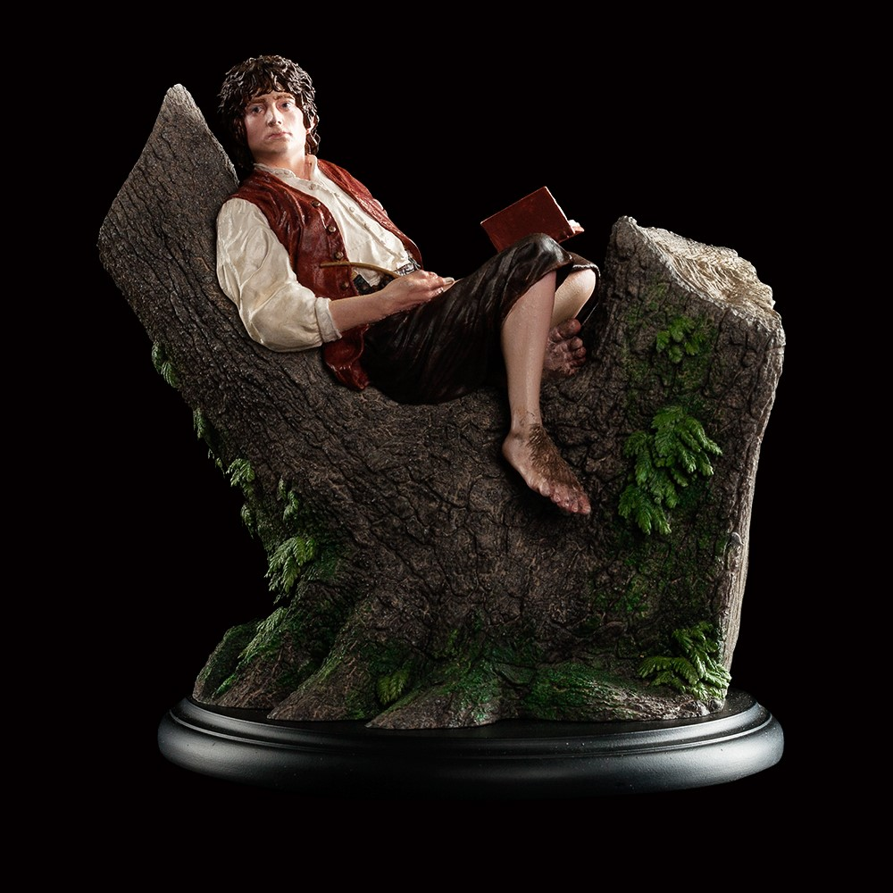 /attachments/242207196054249057033130250113248074103099181017/86-01-01559_LOTR_Frodo_Figure_002.jpg